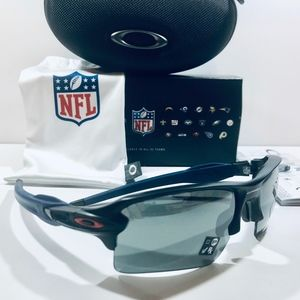 Oakley Sunglasses NE Patriots Flak 2.0XL Black Blu